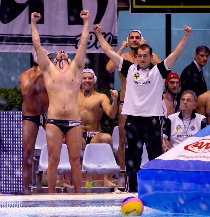La gioia del Partizan Belgrado: sua l'Eurolega (Deepbluemedia.eu/Giorgio Scala & Guido Barbagelata)